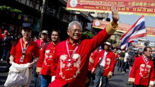 สุเทพ เทือกสุบรรณ รณรงค์ให้ประชาชนย่านเยาวราชงดไปใช้สิทธิเลือกตั้ง