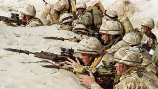 British soldiers in a trench during the 1991 Gulf War