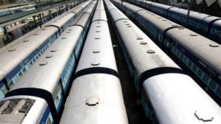 تعدادی قطار هند (عکس از آرشیو)