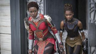 Lupita Nyong'o dan Letitia Wright di Black Panther