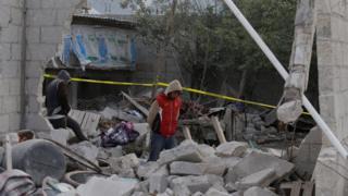 Casa en ruinas a casa de la explosión de pirotécnicos