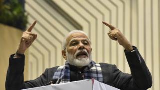 India protests: PM Modi defends citizenship bill amid clashes