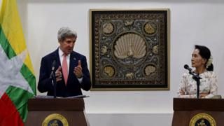 "Myanmar Foreign Minister Aung San Suu Kyi (R) and US Secretary of State John Kerry (L) take part in a joint press conference following their meeting at the Ministry of Foreign Affairs in Myanmar""s capital Naypyidaw on 22 May 2016."