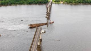 Bridge collape over the Moju RIver in Brazil's northern Pará state, April 2019