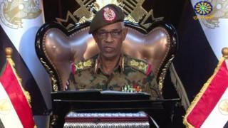 Líder del golpe en televisión estatal