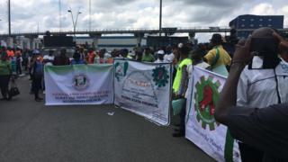 Union pipo dey protest for Port Harcourt