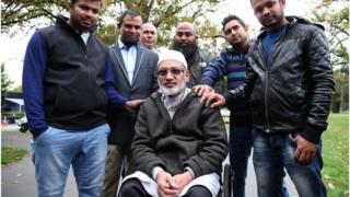 ক্রাইস্টচার্চ হামলায় বেঁচে যাওয়া বাংলাদেশি ফরিদ উদ্দীন হুইলচেয়ারে বসা