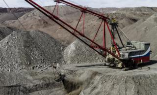 [UNVERIFIED CONTENT] Uralmash (Russia) produced 20/90 heavy dragline excavator works on Chernogorsky open-pit mine (steam coal) in the Republic of Khakassia of the Russian Federation.