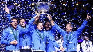 El equipo argentino levanta la Copa Davis