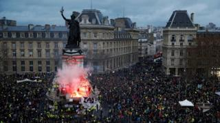 """A view of the Place de la Republique as protesters wearing yellow vests gather during a national day of protest by the """"yellow vests"""" movement in Paris, France, December 8, 2018"""