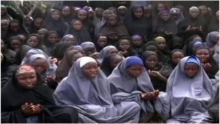 Picha ya baadhi ya wasichana wa Chibok waliotekwa nyara muda mfupi mwezi Mei 2014