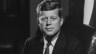 Rais Donald Trump amesema kuwa anapanga kuruhusu kufunguliwa kwa faili kuhusu mauaji ya aliyekuwa rais wa Marekani John F Kennedy.