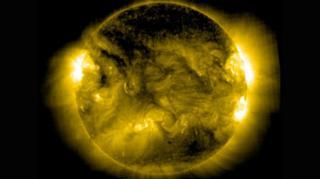 ภาพถ่ายความเคลื่อนไหวในบรรยากาศของดวงอาทิตย์เมื่อปี 2015