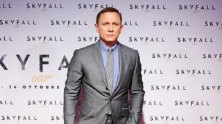 Daniel Craig at the Skyfall premiere