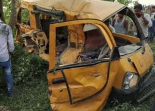 تصادف اتوبوس مدرسه در هند