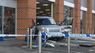 Land Rover driven into Aldi
