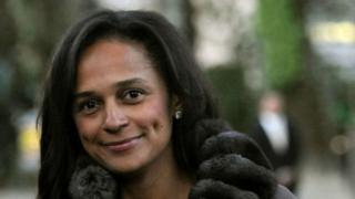 Isabel Dos Santos, la fille de l'ancien président angolais, a été relevée de ses fonctions de directrice de la Sonangol.