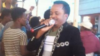 Une balle perdue tue un chanteur en Ethiopie