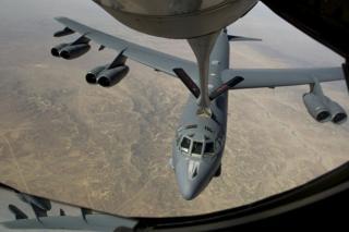 B-52 refuelling mid-air