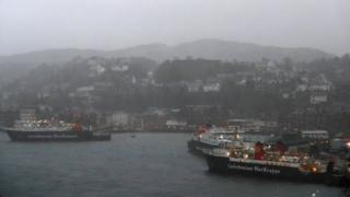ferries in oban