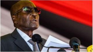 """""""Rétablissons la peine de mort"""", a déclaré Robert Mugabe."""