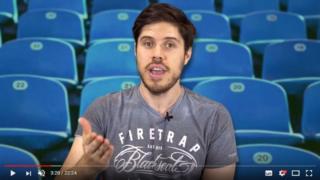 مدون اليوتيوب البارز آدم بلامبيد
