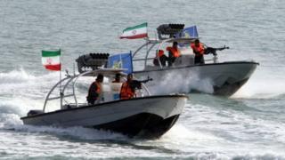 İran Devrim Muhafızları'na ait botlar