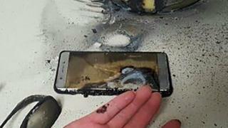 Selon la police de Gwangju (270 kms au sud de Séoul), ce Galaxy Note 7 a explosé, à cause d'un défaut de la batterie.