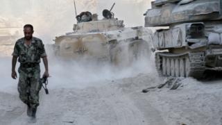 Selon l'accord de trêve, les combats doivent cesser sur l'ensemble du pays, à l'exception des zones tenues par les jihadistes.