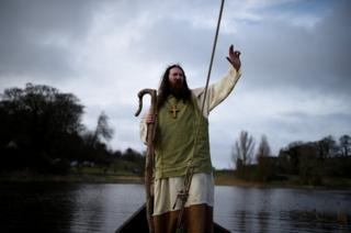 Saint Patrick arrives as the re-enactment of the first landing.