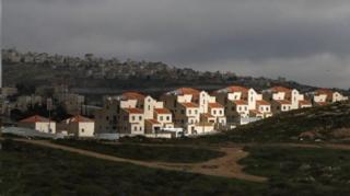 شهرکهای یهودی نشین یکی از اختلاف برانگیزترین مسائیل بین اسرائیل و فلسطینیان است