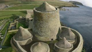 Visualisation of replica broch