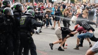 Столкновения в Гамбурге