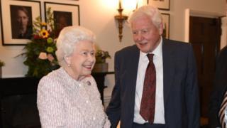 艾登堡爵士和女王伊麗莎白二世