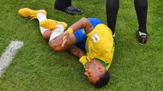 Neymar ameshutumiwa kufanya udanganyifu uwanjani