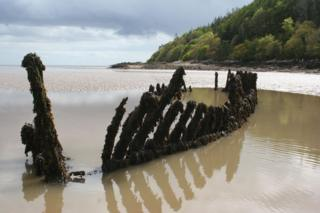 Probable wreck of a schooner at Kirkcudbright