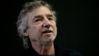 US filmmaker Curtis Hanson speaks during an interview at the International Book Fair in Guadalajara, Mexico, on 1 December, 2009