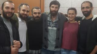 Gazeteciler, mahkemeye çıkarılmadan önce İstanbul'daki Çağlayan Adliyesi'nde.