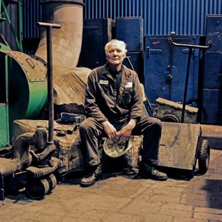 Peter O' Callaghan, Fitter / Roll Grinder, 15 years at the Works