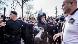 Полиция на митинге 5 мая