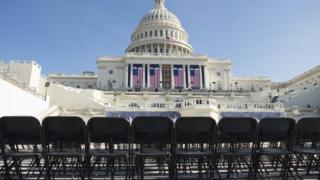 20日の大統領就任式に50人以上の民主党下院議員が欠席を表明している