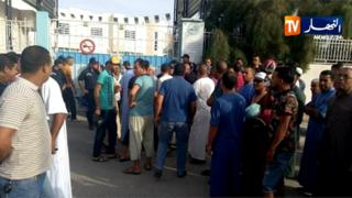 Scenes outside a hospital in El Oued