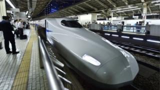 Nhật là nơi có các chuyến tàu chạy đúng giờ thuộc hàng nhất thế giới
