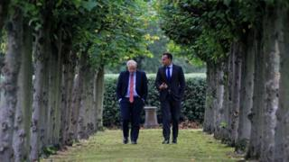 Brexit: Boris Johnson and Leo Varadkar 'can see pathway to a deal'