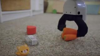 روبوت يرتب الغرف