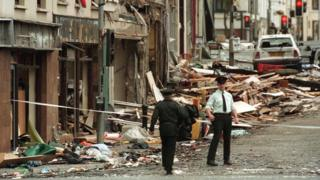 Omagh-bombing-market-street