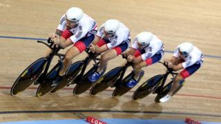 Men's Team Pursuit team