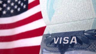 Адатта Америкага виза алуу өтө көп убараны, кылдат текшерүүнү талап кылган иш.