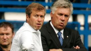 Chelsea inajiandaa kumrudisha mkufunzi wake wa zamani Carlo Ancelotti ambaye atachukua mahala pake Antonio Conte. (Sun)