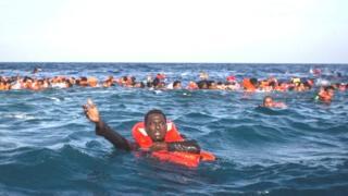 Cet énième drame survient au moment où la tension monte entre humanitaires et garde-côtes libyens.